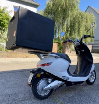 "E-Motorroller ""faber e-drive C"" inkl. 90l Thermobox"